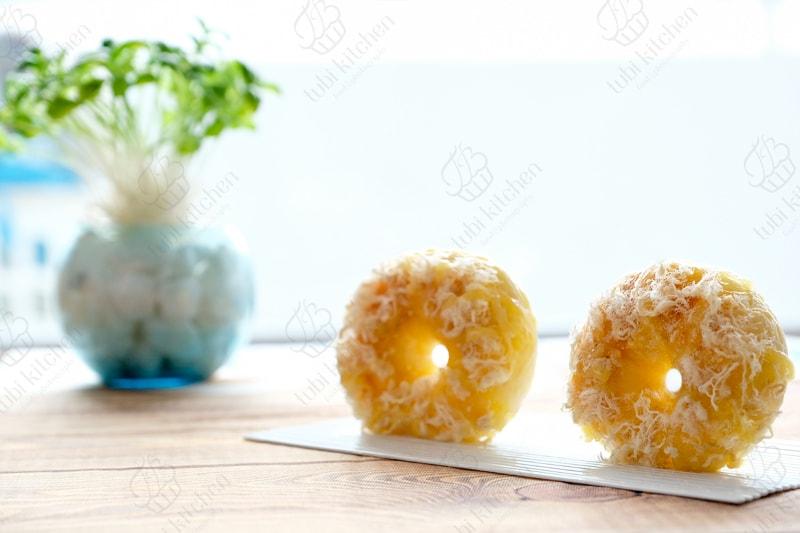 Bánh donut mặn