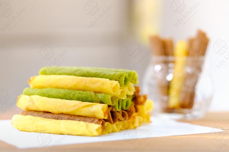 Bánh xì gà hạnh nhân (Almond Cigarette Cookies)