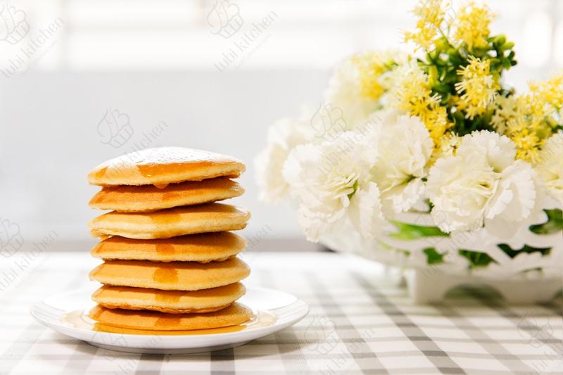 Bánh pancake (bánh nướng chảo)