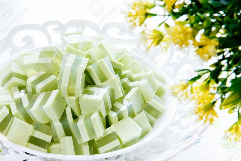 Rau câu flan dừa lá dứa