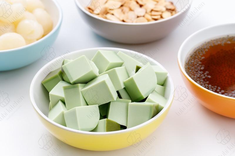 Thạch gelatin trà xanh